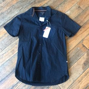 NWT Denim and Flower Slim Fit Button up